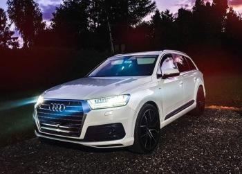 Piękne białe Audi q7, Samochód, auto do ślubu, limuzyna Roczyny