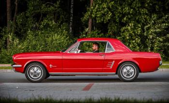 Ford Mustang Cabrio 1966, samochód do wynajęcia, Samochód, auto do ślubu, limuzyna Przecław