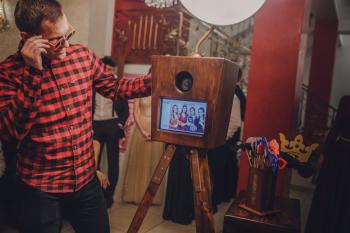 Ekskluzywna Fotobudka Drewniana dla wymagających! Opinie FB, Fotobudka, videobudka na wesele Bytom