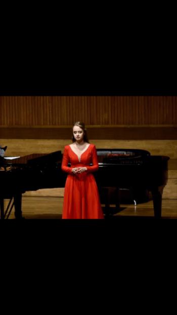 Julia Pliś - profesjonalna oprawa muzyczna ślubów - śpiew/skrzypce, Oprawa muzyczna ślubu Olsztyn