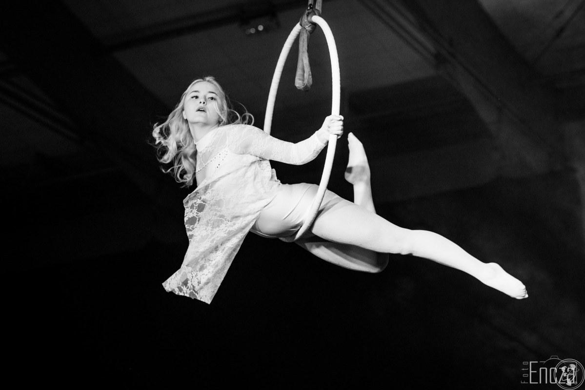 Pokazy akrobatyki powietrznej | Show powietrzne, Wrocław - zdjęcie 1