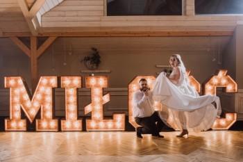 Napis Miłość drewniany, Love gigant, dance, love z drewna i kwiatowy, Napis Love Pszczyna
