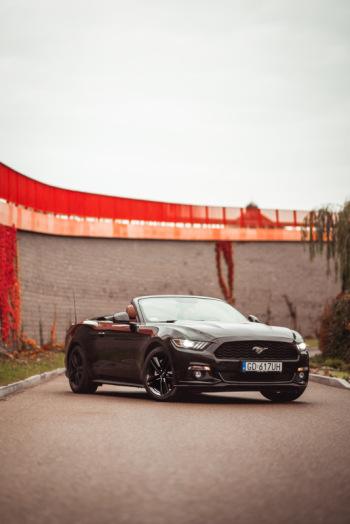Ford Mustang Cabrio do ślubu. Sam lub z kierowcą!, Samochód, auto do ślubu, limuzyna Iława