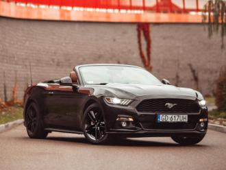 Ford Mustang Cabrio do ślubu. Sam lub z kierowcą!,  Gdańsk