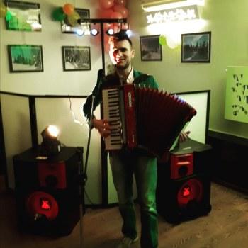 AkordeonistaTomasz, Artysta Częstochowa