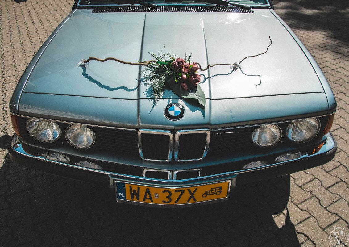 Zabytkowe błękitno-szare BMW serii 7 E23 z 1985 roku., Warszawa - zdjęcie 1