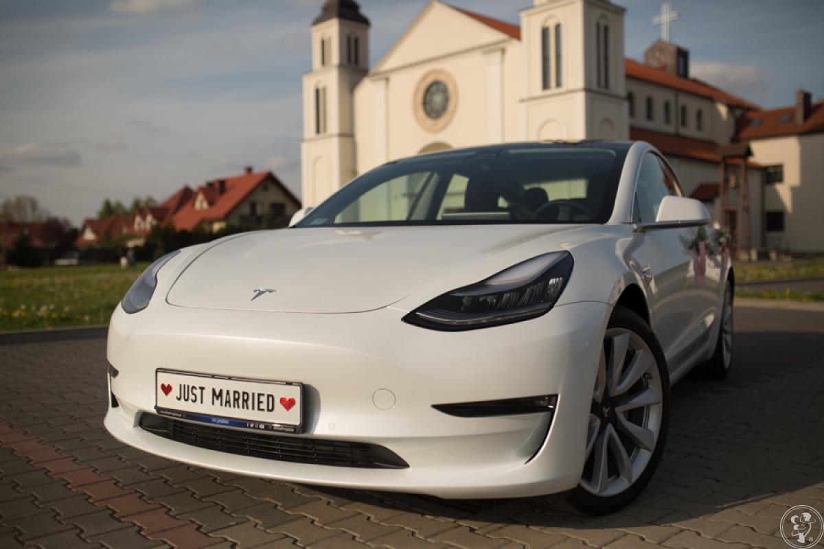 Tesla Model 3 do ślubu, auto na wesele, wynajem Tesli, Warszawa - zdjęcie 1