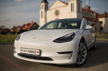 Tesla Model 3 do ślubu, auto na wesele, wynajem Tesli, Samochód, auto do ślubu, limuzyna Wyszogród