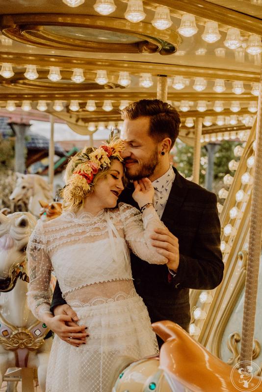 Emocjonujące reportaże, naturalne sesje plenerowe  ♥︎Fidrygasy Wedding, Katowice - zdjęcie 1