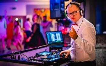 Dj/Wodzirej Rafał Adamczyk, DJ na wesele Tuchola