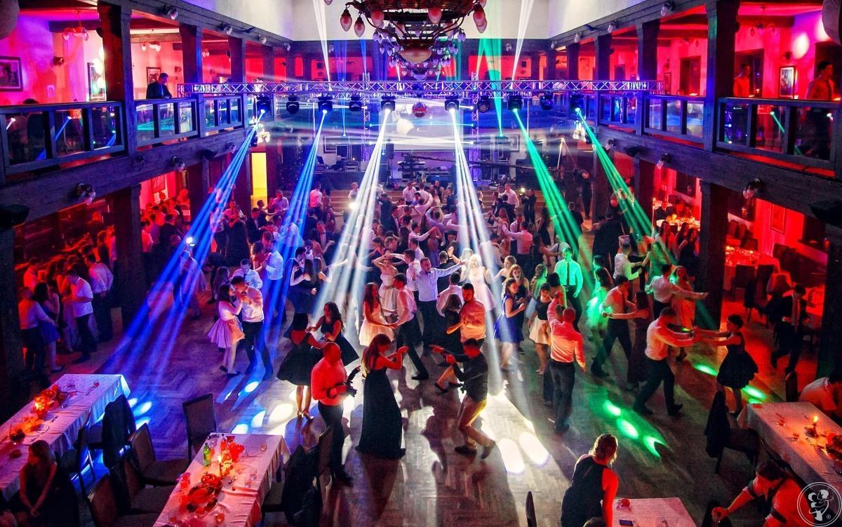 Grupa DJ SERWIS- Obsługa muzyczna, Wodzirej, Nagłośnienie, Oświetlenie, Kraków - zdjęcie 1