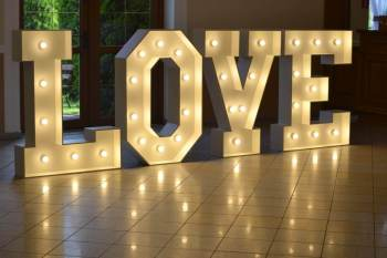 Napis LOVE - wolne terminy 2021 i 2022, Napis Love Radlin