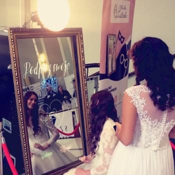 Fotobudka selfie mirror Fotolustro, Fotobudka, videobudka na wesele Śmigiel