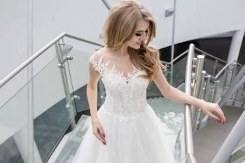 ''Pan Tadeusz'' Salon Sukien Ślubnych Barbara Zynek, Salon sukien ślubnych Głogów