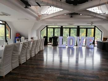 Moniadekoracje - dekoracje okolicznościowe, Dekoracje ślubne Szczawno-Zdrój