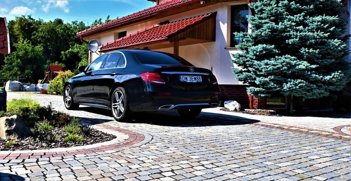 PIĘKNY Mercedez-Benz E220 z silnikiem 2.0 w MEGA PROMOCYJNEJ cenie, Nysa - zdjęcie 1