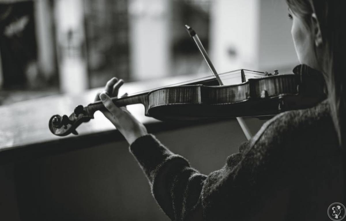 Oprawa muzyczna, skrzypce, gitara, wokal, trąbka, ślub, ograny, Gdynia - zdjęcie 1