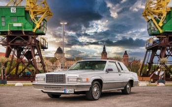 1980 Ford Thunderbird Silver Anniversary Edition 5.0 V8 - Auto na ślub, Samochód, auto do ślubu, limuzyna Dobrzany