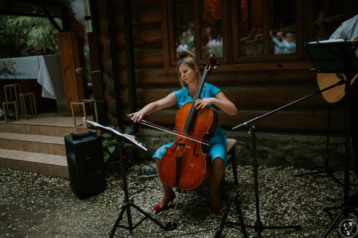 Rescello: śpiew, śpiew z organistą, śpiew z gitarą, gitara i wioloncze, Rzeszów - zdjęcie 1