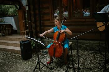 Rescello: śpiew, śpiew z organistą, śpiew z gitarą, gitara i wioloncze, Oprawa muzyczna ślubu Sanok
