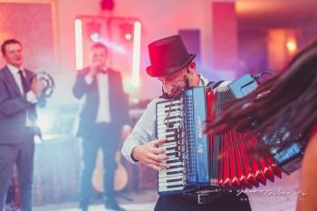 DJ WESPÓŁ SHOW wiemy jak pokazać światu Waszą radość (◕‿◕), DJ na wesele Kazimierz Dolny