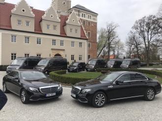 Cab4u luksusowy transport osobowy // Cab4u luxury transport,  Wrocław