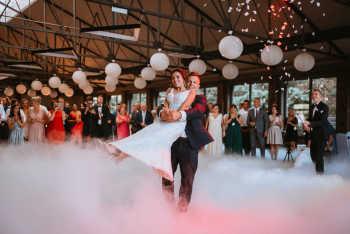 Taniec w chmurach,CIĘŻKI DYM, fontanna ISKIER, fotobudka NAPIS LOVE, Ciężki dym Busko-Zdrój