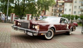 Lincoln Continental 1977 do ślubu, Samochód, auto do ślubu, limuzyna Toruń