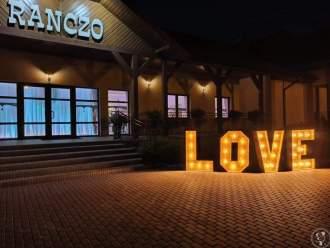 Drewniany napis LOVE podświetlany,  Konin