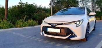Biała Perła  - Toyota Corolla TS Executive 2020, Samochód, auto do ślubu, limuzyna Uniejów
