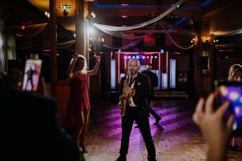 Saksofon / saksofonista / Sax / DJ na ślub, urodziny, event, wesele., Oprawa muzyczna ślubu Orzesze