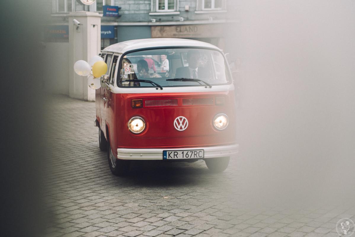 Kultowy Czerwony Ogórek - Volkswagen T2 Bus 1973, Kraków - zdjęcie 1