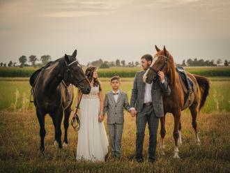 Niezwykłe Fotografie - fot. Ślubna w Duecie | WOLNE TERMINY 2021/22,  Wieluń