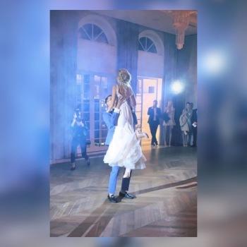 Alesya Surova pierwszy taniec, Szkoła tańca Mogielnica