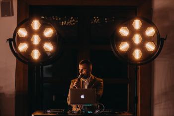 DJ STANLEY - Wesela Nowoczesne, Glamour, Retro + Muzyka Live!, DJ na wesele Starachowice