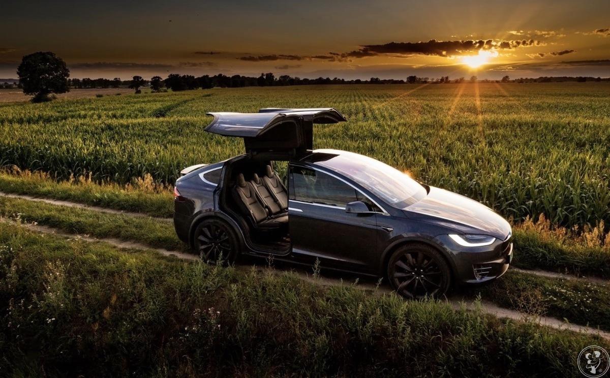 Auto do ślubu TESLA Model X Raven, Jarocin - zdjęcie 1