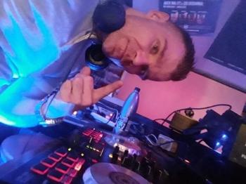 Dj.na Wesele , DJ na wesele Police