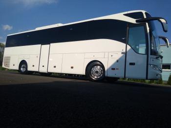 autobus na wesele wynajem busów 2021r mercedesy 51, 32, 24, 20 ,9, Wynajem busów Jaworzno