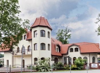 Willa Portowa - sala bankietowa, catering i pensjonat nad morzem, Sale weselne Darłowo