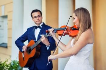 Skrzypce, wokal, flet, gitara na ślub plenerowy, kościelny, cywilny, Oprawa muzyczna ślubu Toruń