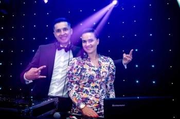 Mate - Obsługa Imprez Muzycznych  ||  DUET MAŁŻEŃSKI DJ i wodzirej, DJ na wesele Pszów