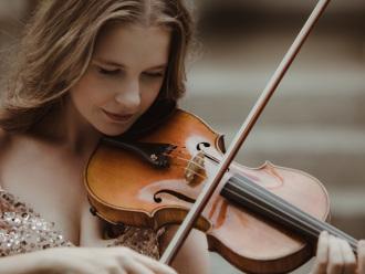 Oprawa muzyczna ślubu | Skrzypce na ślub | Violin for wedding,  Poznań