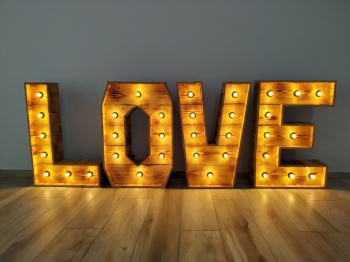 Piękny Napis LOVE - rustykalny, drewniany, boho, na wesele/plener, 1M, Napis Love Grójec