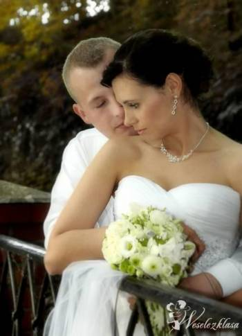 Wideofilmowanie i fotografie ślubne Synchromedia, Kamerzysta na wesele Łasin