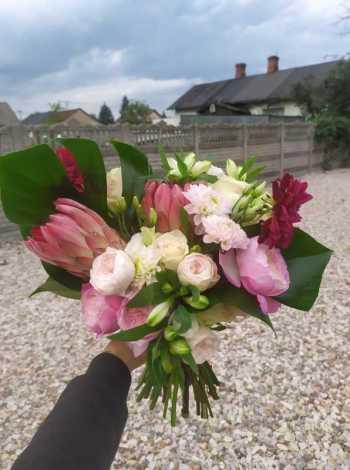 Pracownia florystyczna, Kwiaciarnia, bukiety ślubne Zakroczym
