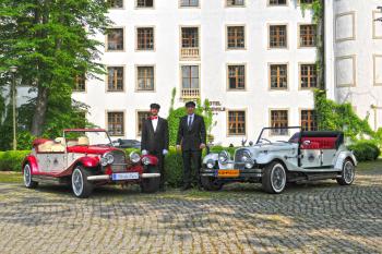 Auto Retro dla wyjątkowej Pary Młodej, Samochód, auto do ślubu, limuzyna Słupsk