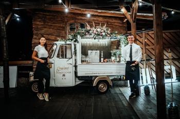 Cheers Van - nietuzinkowa atrakcja i doskonałe wino !, Barman na wesele Jarocin