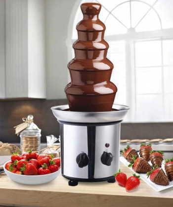 Fontanna czekoladowa 5 pięter, Czekoladowa fontanna Pyzdry
