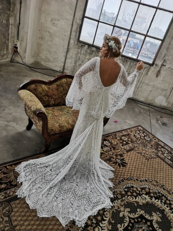 Salon Mody Ślubnej Naomi SUKNIE ŚLUBNE, Salon sukien ślubnych Tczew