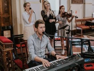 Zespół Zaplątani. - profesjonalne trio - 3 x wokal + piano/organy,  Nysa